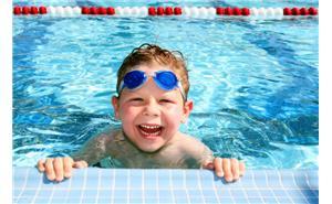 سن مناسب آموزش شنا به کودکان