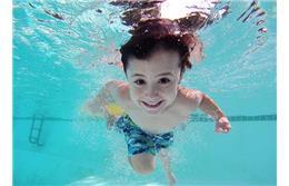 آموزش شنای تخصصی کودکان